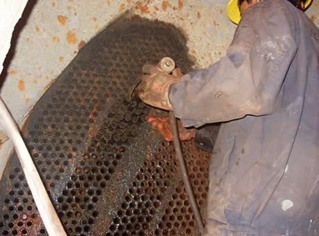 汽轮机凝汽器换管及换热器更换管束